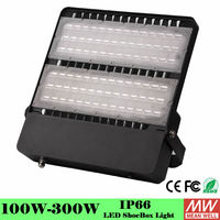High Lumen Commercial high power led flood light 200w Black Color IP65 Design 5 Years Warranty
