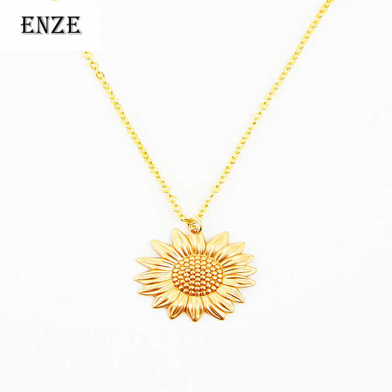 2015 free shipping new sunflower short chain women flower necklace pendant