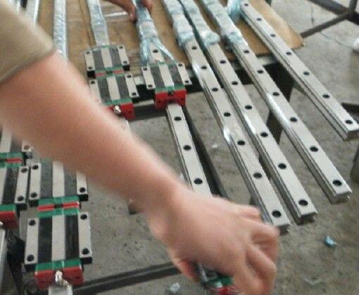 Livraison gratuite HGR30-600mm 2 pièces HGR30-760mm 2 pièces HGW30C 8 pièces et vis à billes rail de guidage linéaire