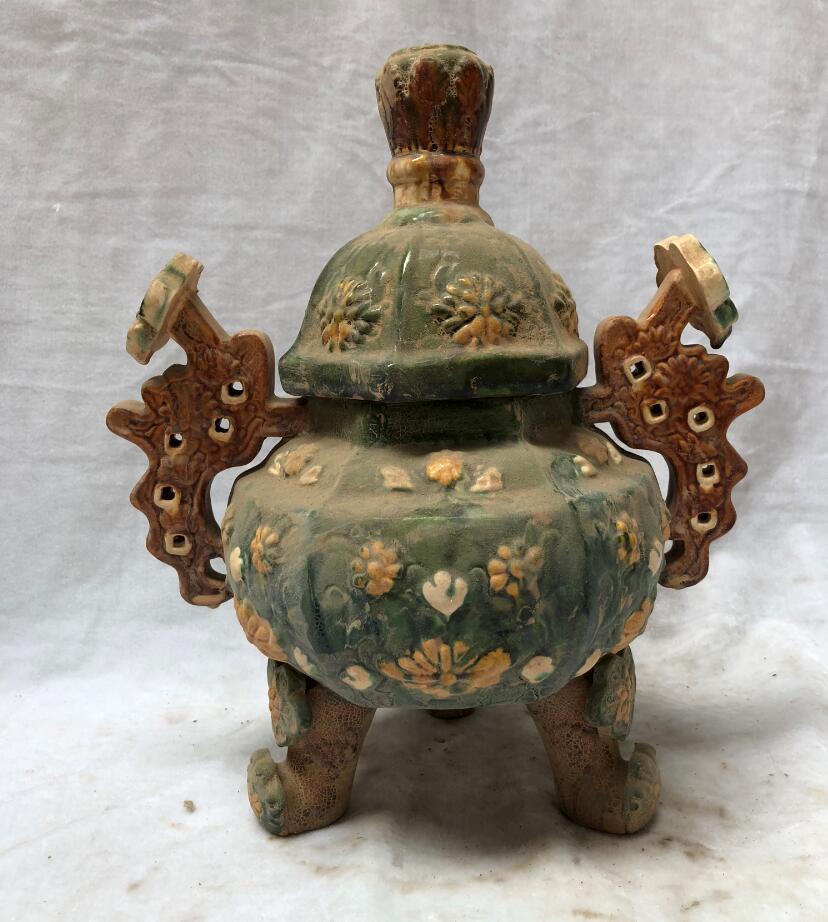 Книги по искусству коллекции китайского антиквариата Керамика большой Жуи Ладан горелки горшок tri фаянс династии Тан