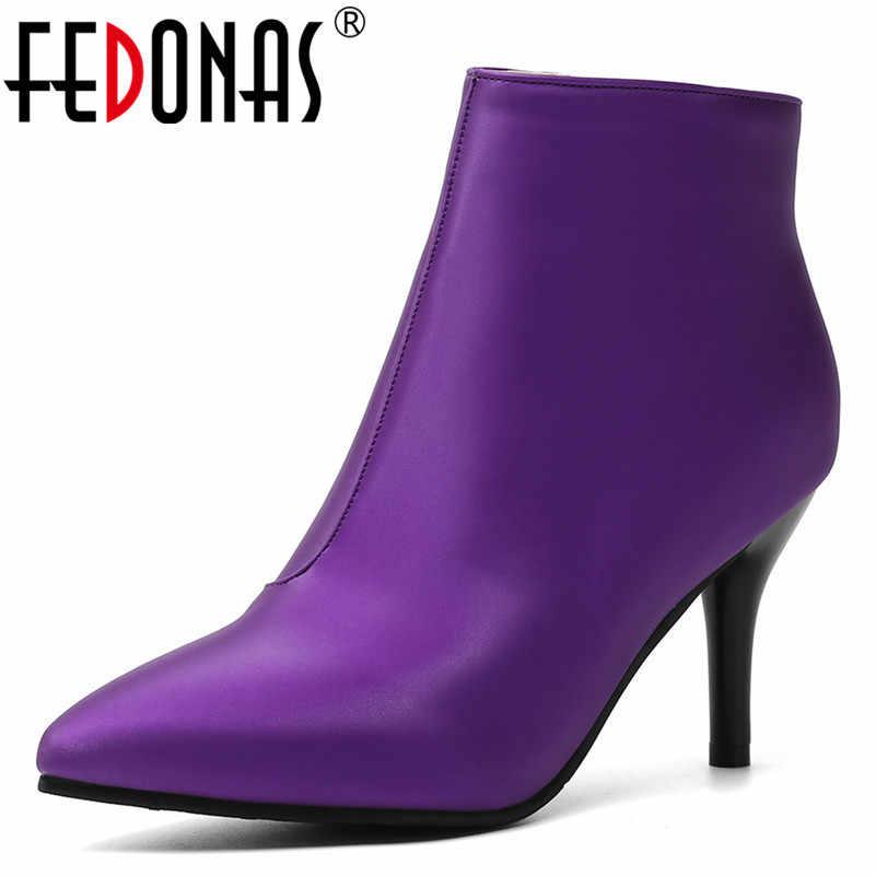 FEDONAS Euro Tarzı Sonbahar Kış sıcak Kadınlar yarım çizmeler Yan Fermuar Kısa Chelsea Çizmeler Yeni Moda Parti Gece Kulübü Ayakkabı Kadın