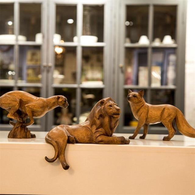 Resin Leopard Figurines Ornament Lion Figurine Luxury Fox Decoration Home Decor Northern Eoupean Artware New Year