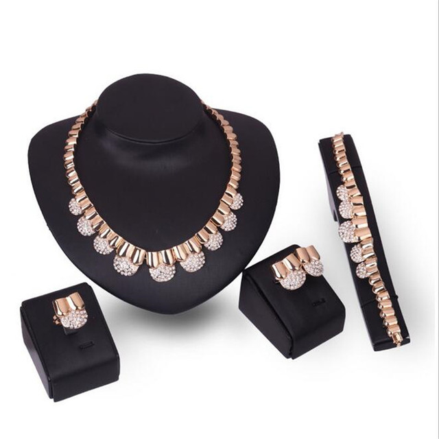 Accesorios de la boda Perlas Africanas Sistemas de La Joyería Para Las Mujeres Declaración Colgante Collar Pendientes Pulsera Anillo Fino S0178