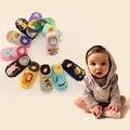 12 color 100% algodón unisex de la muchacha lindos calcetines de la historieta antideslizante calcetín piso bebé antideslizante skid resistencia calentador de la pierna del niño calcetín