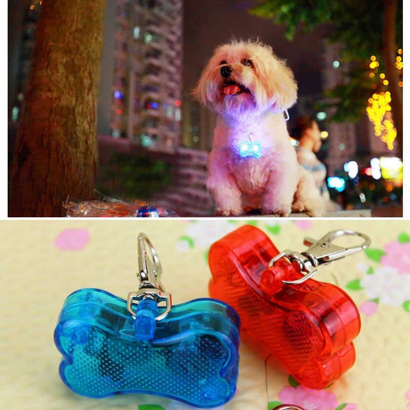Flash LED Colorato Luce Tag ID Animale Domestico Del Gatto Del Cane Anti Perso Personalizzati Nome Indirizzo Numero di Telefono di Fascino Tag Lampeggiante Collare