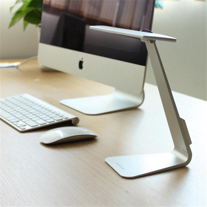 Eye-Protection Portable Desk Lamp  (1)