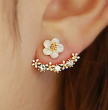 2016 New Fashion For Spring Women Accessories Rhinestone Flower Temperament Korean Style Earrings ED010
