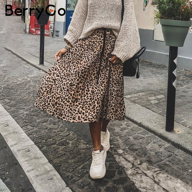57cd411fd6f BerryGo Vintage leopard print midi skirt Women punk korean skirt fashion  2018 Sexy high waist ladies pleated retro autumn skirts