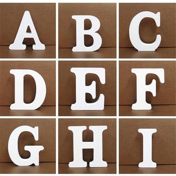 1pc 10CM X 10CM biały drewniany list angielski alfabet DIY spersonalizowana nazwa projekt rzemiosło artystyczne wolnostojący serce ślubny wystrój domu tanie i dobre opinie Drewna