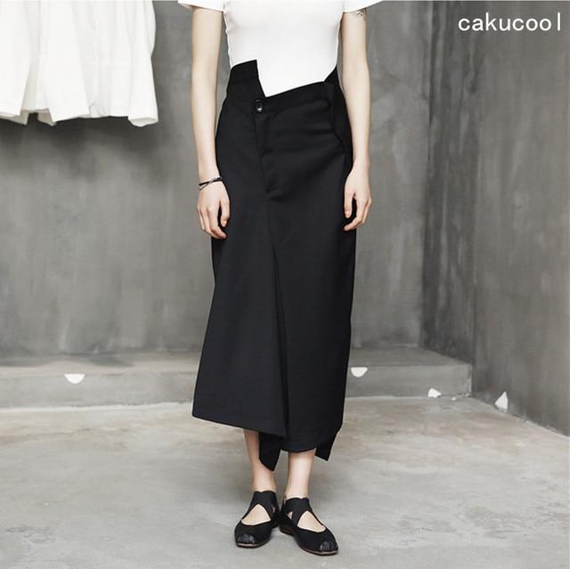 b0fdc33b6a22 US $34.81 5% OFF|Cakucool 2017 Fashion Neuheit Unregelmäßige Breites Bein  Hose Hohe Taille Hosen Rock Solid Black Runway Designer wadenlänge Femme ...