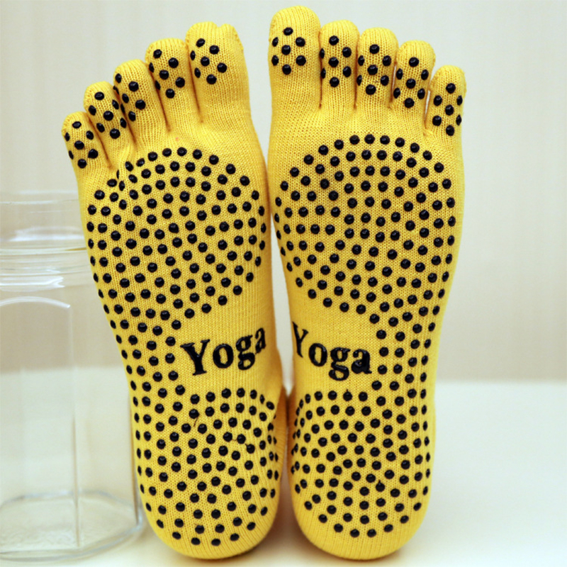 Yoga Socks for Women Ladies Sport Pilates Socks Ballet Dance Socks Five fingers silicone dots non-slip Socks Newest good price non slip toeless yoga socks with grip for women