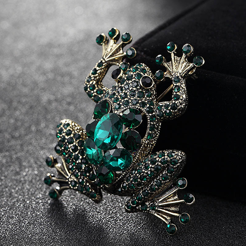 Blucome Vintage Brooches For Women Collares Rhinestone Crystal Pin Brooch Kawaii Cute Frog Brooch Hijab Accessories Bags Bijoux цена 2017