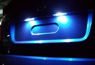 SCOE Car Styling 2X 5SMD LED License Plate Light Lamp Bulb Source For Skoda Octavia 1U2 5E3 1U5 5E5 Blue Light Blue Yellow for citroen berlingo 2 berlingo 3 c2 c2 enterprise scoe 2015 new 2x6smd 5050led license plate light bulb source car styling