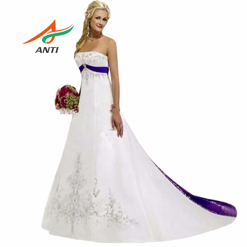 Anti purple and white wedding dress 2017 court train for Wedding dress with purple embroidery