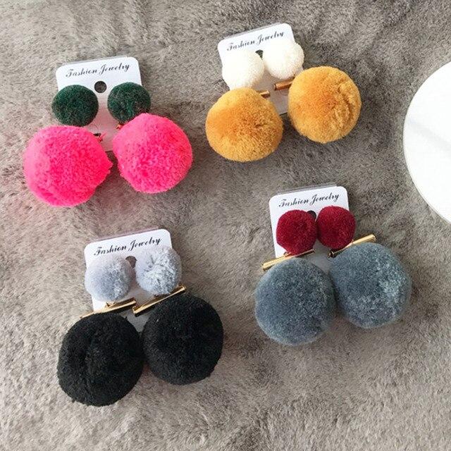 2016 Новая Мода Искусственного Меха Мяч Pom Pom Шпильки Заявление Серьги для Женщин Brincos Горячая Продажа