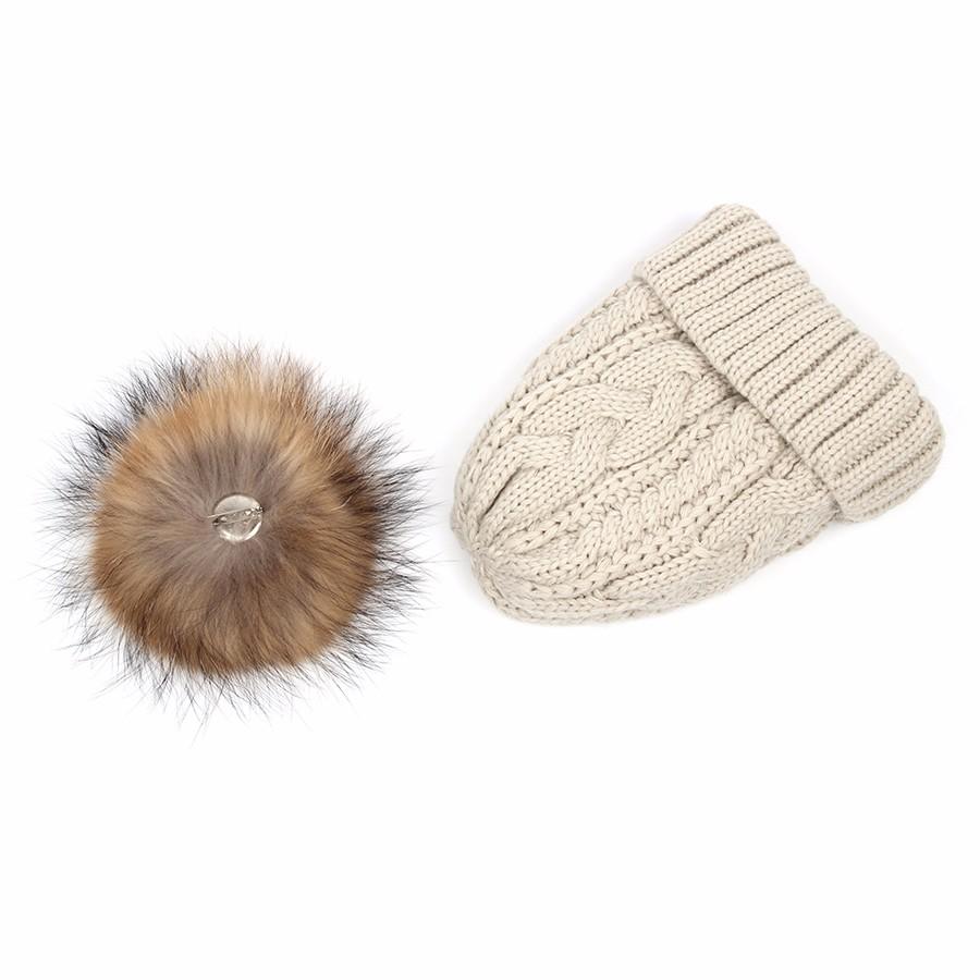 hat female CAP6A18  (19)