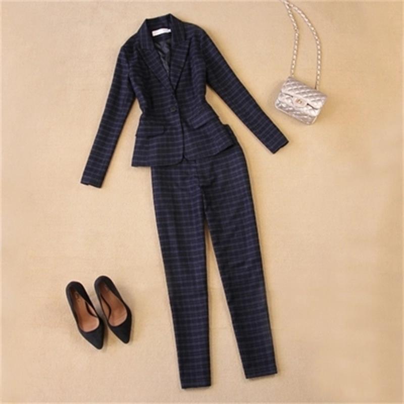 Fashion professional suit large size womens autumn decoration thin section tooling British woolen plaid suit + straight suit