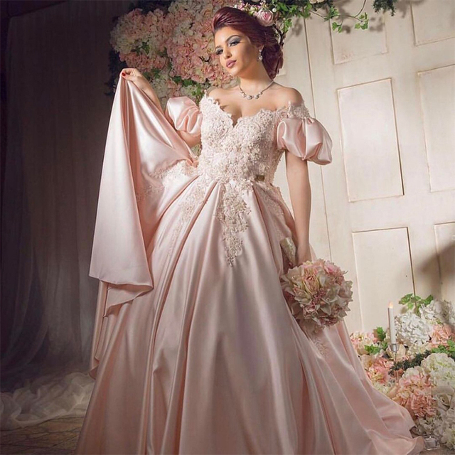Dubai Soft Satin Arabic Wedding Dress With Puff Sleeve 2017 Bridal Gowns Lace Applique Ball Gown