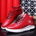 Nuevo 2017 Invierno Alto-top de Los Hombres Zapatos Casuales Marca Negro Rojo Moda Flat Lace Up Zapatos Calientes Hechas A Mano de La Pu cuero Masculino