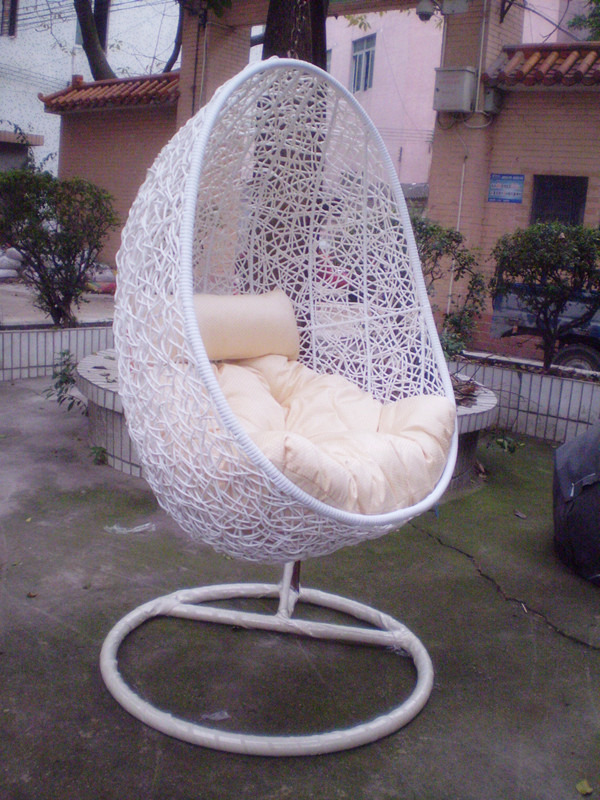 cheap wicker chairs indoor hanging basket swing chair rattan rocking cushion feeding in hanging. Black Bedroom Furniture Sets. Home Design Ideas
