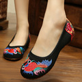 New fashion Goldfish embroidery women's cloth shoes Chinese nation style Spring and Autumn black soft Walking flats ladies shoes
