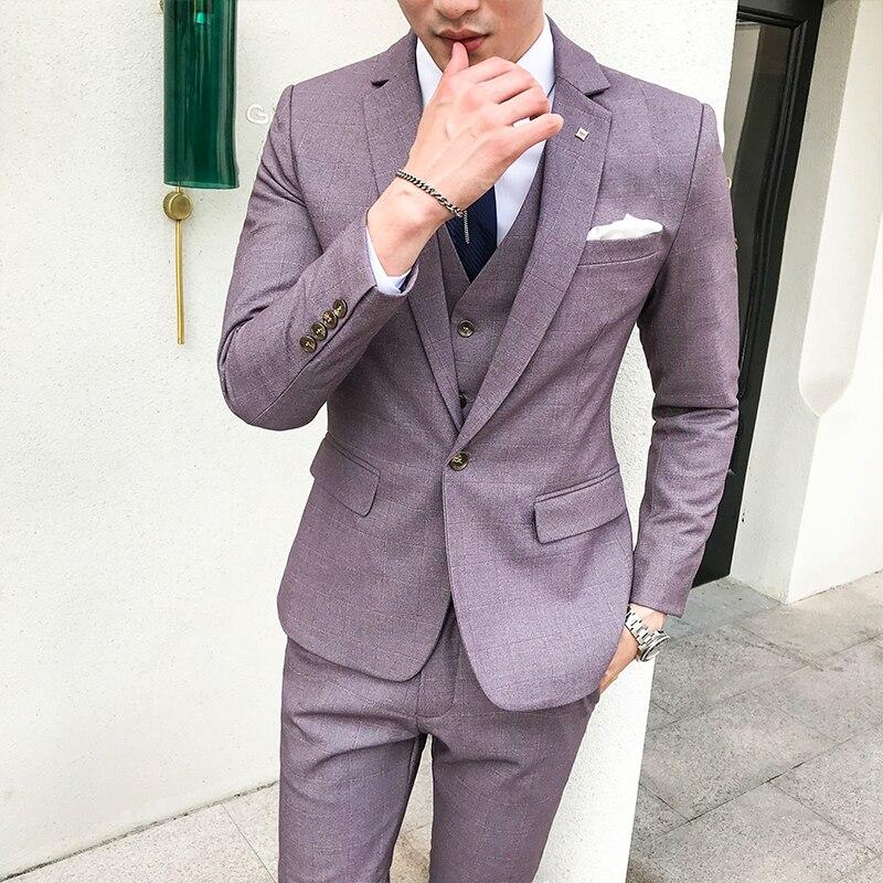 YUNCLOS nueva llegada 2019 para hombres rojo borgoña Jacquard 2 piezas  conjunto traje padrino boda trajes aa7805df580