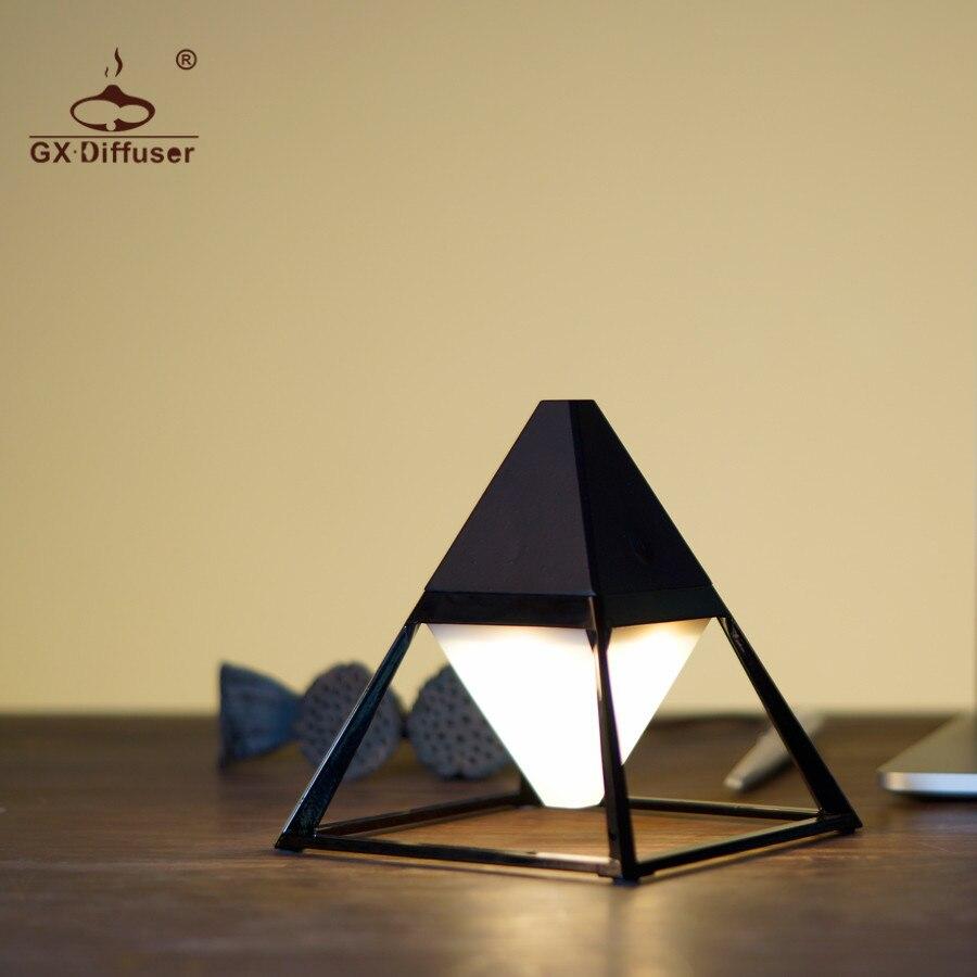 GX. Diffuseur Nouvelle Pyramide USB Lampe de Table Moderne Tactile Pour Chambre Givré En Plastique Abat-Jour Gradateur Lecture Lampe de Bureau Décoration