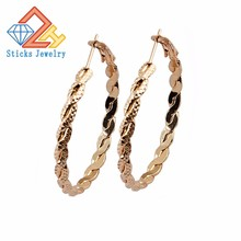 Modern Minimalism C-Shaped Fashion Twist Hoop Ear Accessories Three Color Plating Can be Optional