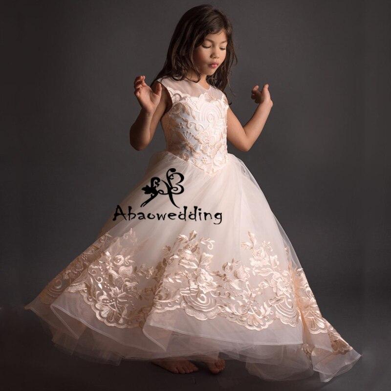 Nouveauté belles filles dentelle Appliques Cap manches robes de bal Elagant mariage fleur filles première Communion robes robe de princesse