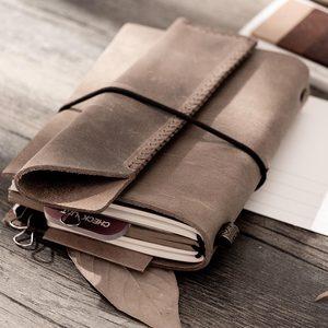 Image 2 - Moda hakiki deri bağbozumu seyahat mini dizüstü bilgisayar inek derisi günlüğü basit klasik kız erkek arkadaşı seyahat binder küçük kitap
