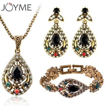 2016 Jewelry Sets Vintage Rhinestone Hollow Out Carved Vintage Statement Necklace Bracelets Earrings Set Earrings Accessories