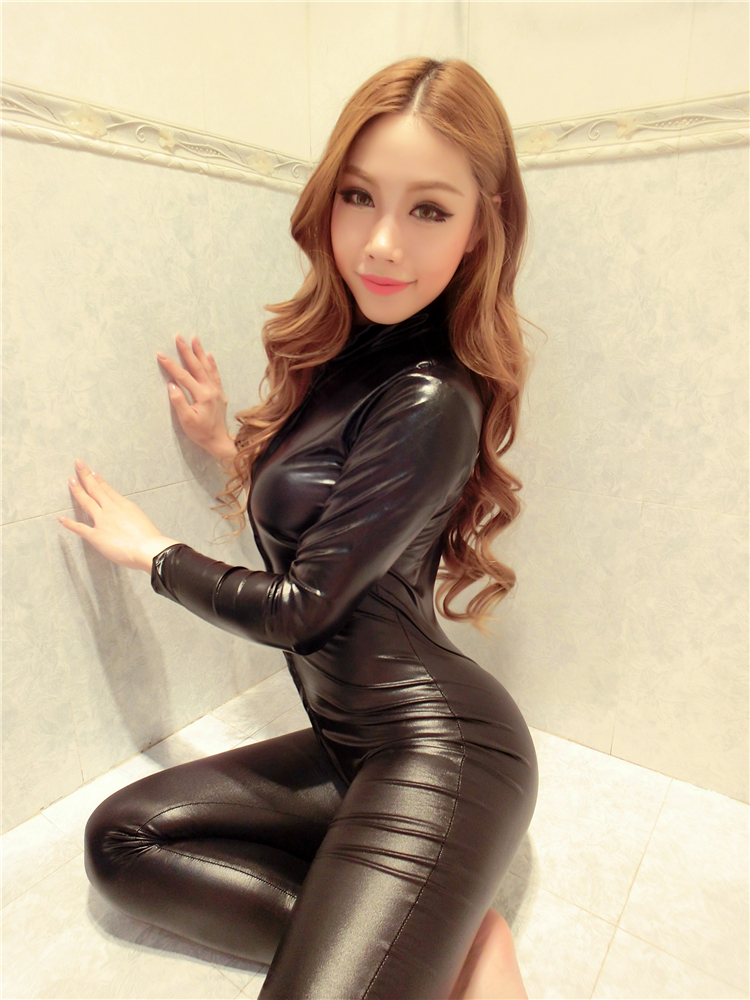 Latex catsuit girl