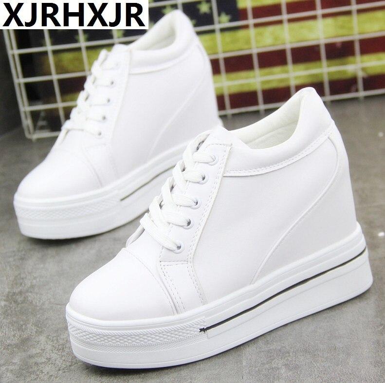 ca9a94773 Белые кроссовки; женская обувь; коллекция 2019 года; сезон весна; новые  студенческие туфли на платформе и высоком каблуке; Модные женские крос.