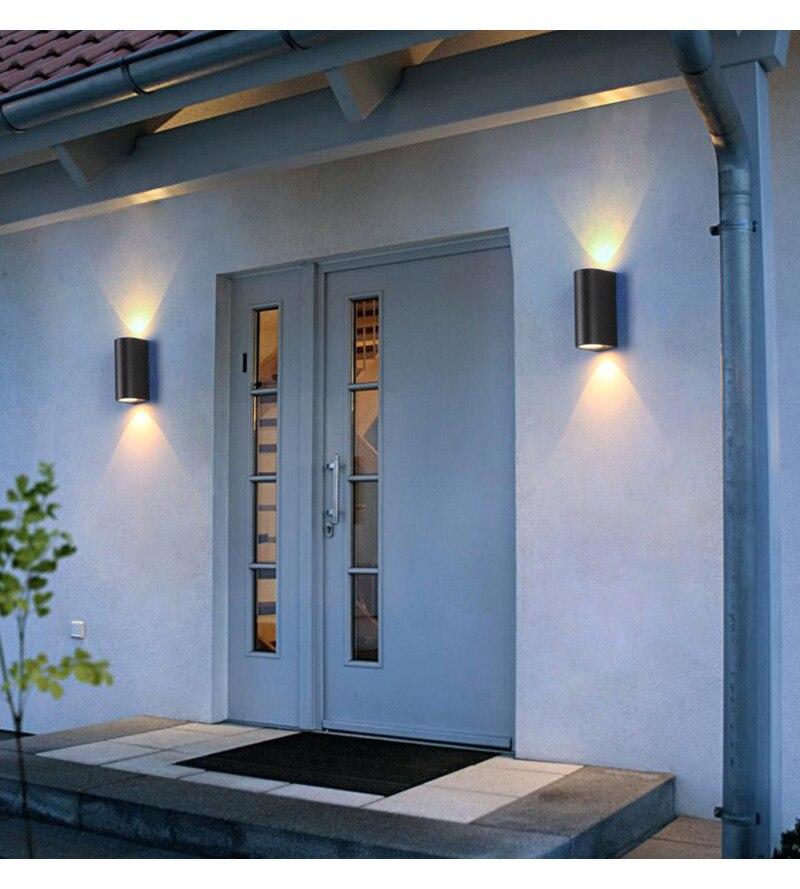 preto ao ar livre lâmpada de parede