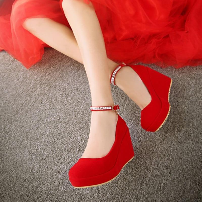 8a8b16a836 Chaussures strap Mariée Talon Cheville Femmes Pompes Demoiselle Compensé  Lapolaka Confortable Rouge D'honneur Femme Doux De Dropship 2019 qMwRf6