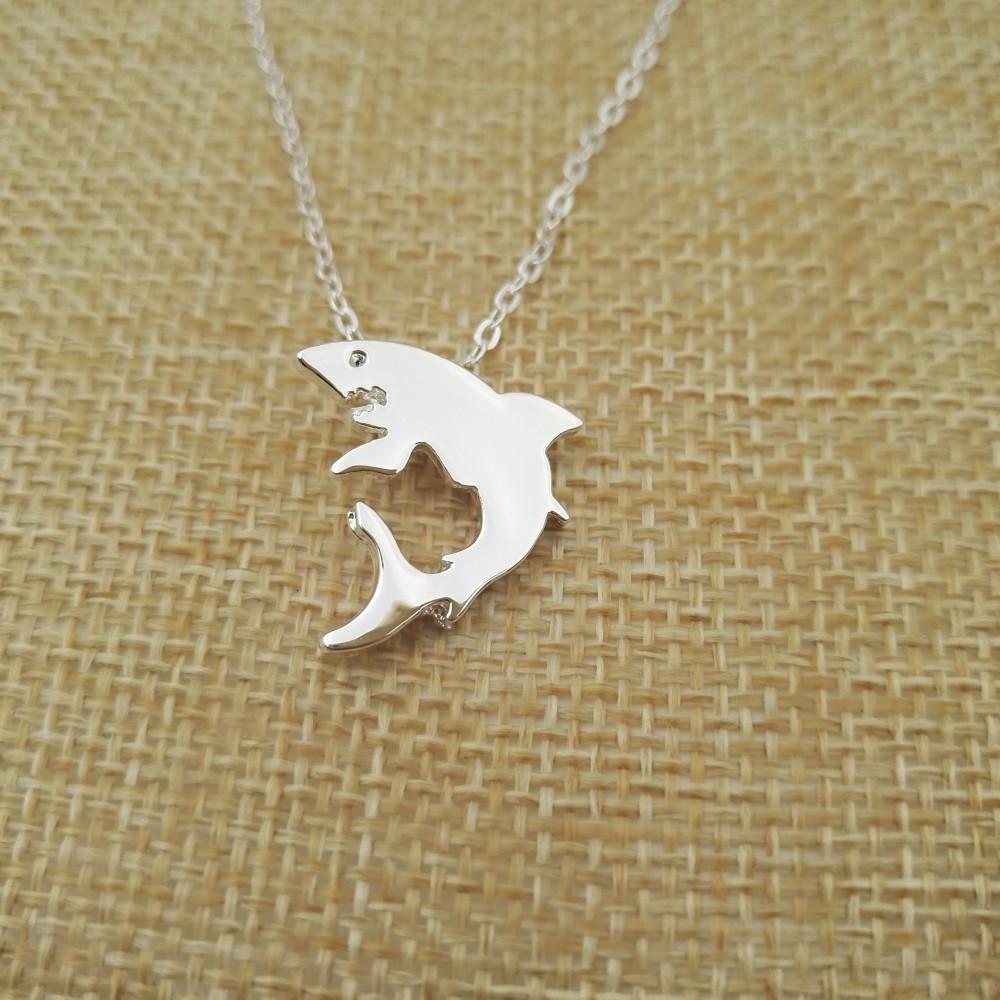 """""""Little Shark"""" Shark Necklace Silver 1"""