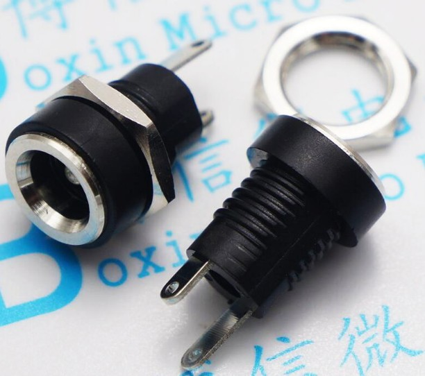 Бесплатная доставка, 50 шт., стандартный разъем питания постоянного тока DC002B, разъемы 5,5*2,1 мм, разъем с гайками, 2 контакта, пайка ROHS