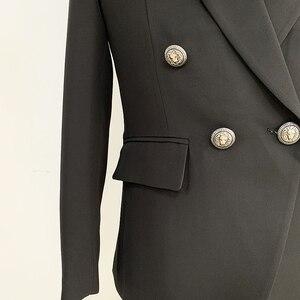Image 5 - מסלול איכות גבוהה 2020 מעצב גברים של בלייזר קלאסי טור כפתורים כפול מתכת האריה כפתורים בלייזר מעיל חיצוני ללבוש