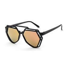 New Sunglasses vintage sunglasses women hollow out polygon UV400
