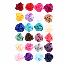 20pcs/lot 1.5 Flat Back Mini Satin Ribbon Rose Flower Artificial Accessories Handmade Rolled Rosettes For Wedding Party crafts