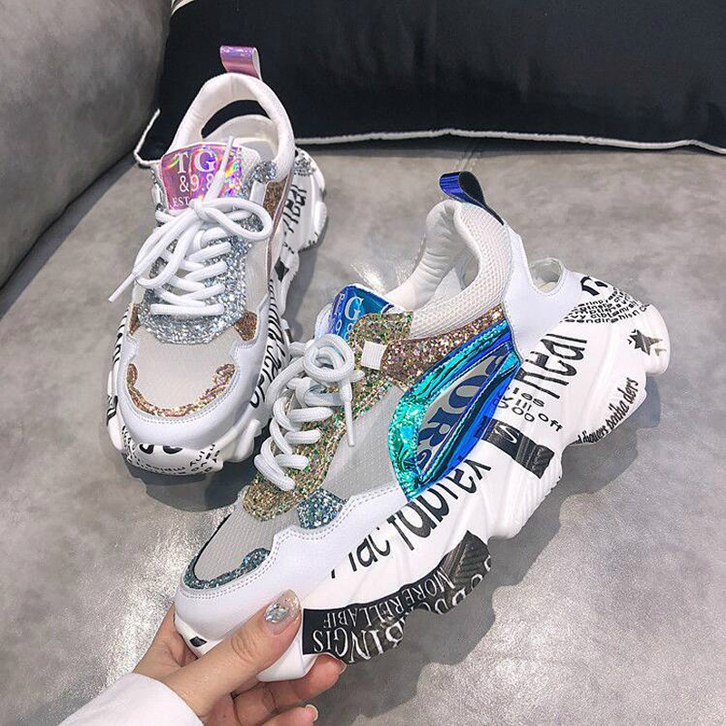 NEW Summer Women Sneakers Fashion Comfortable Casual Dad Shoes Sequins Girl Graffiti Breathable Platform Shoes Woman Sandals W4