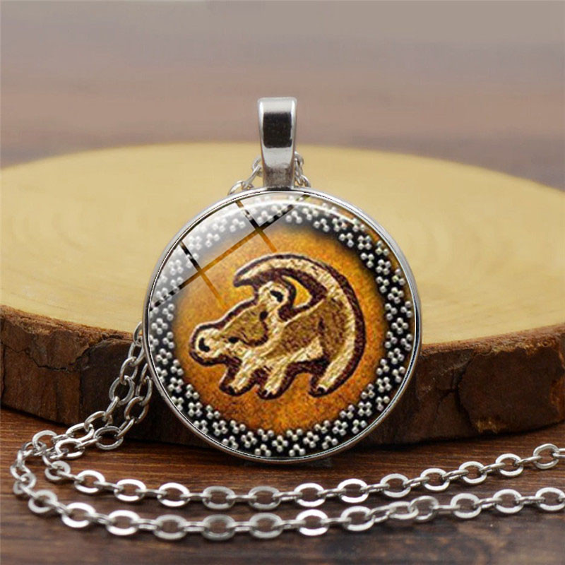 Royal Lion Silver Round Necklace Chihuahua from Toy Group and Mexico