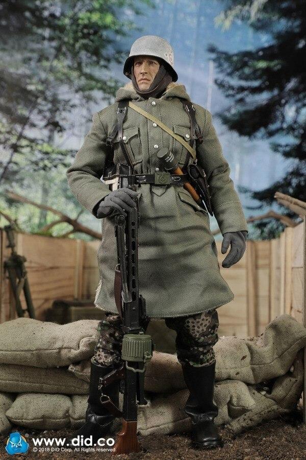 DID D80130 German Panzer Divison MG42 Gunner DAS REICH 1 6 Figure