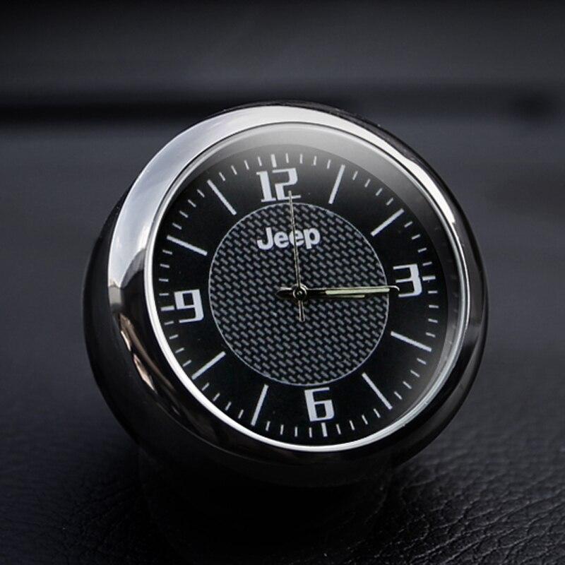 Livraison gratuite décoration de voiture horloge de voiture style montre de voiture intérieur électronique montre pour Jeep JEEP Wrangler Guide liberté lumière