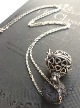 1pcs 28*30mm Antique Silver Filligree Heart Aromatherapy Jewelry Essential Oil Diffuser Locket With Lava Stone Diffuser Pendant