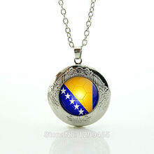 Collares Collier Wholesale Souvenirs Gift Elegant And Charming Summer Style Bosnia Football Team Logo Fans Favorite Brand N490