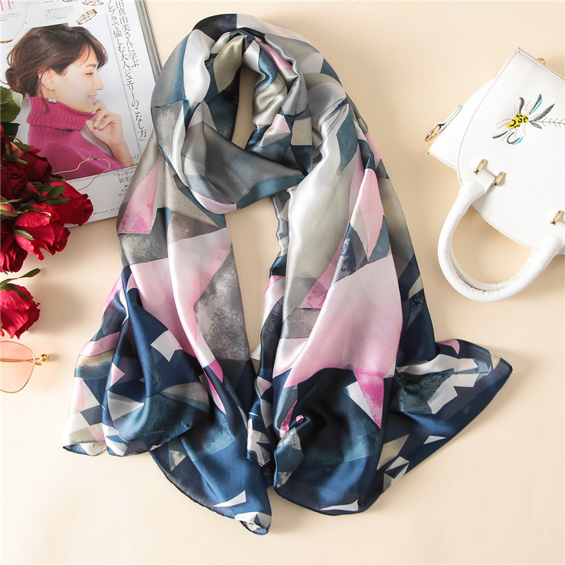 2019 luxury brand new women   scarf   fashion print silk   scarves   shawls and   wraps   summer beach stole Bandana Female Foulard big size