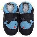 Sapatos de bebê de couro menino bebê mocassins animais crianças sapatos da criança chinelo macio infantil sapato azul Crib Shoes primeira Walker 0-4a