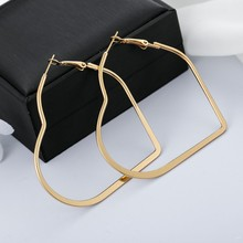Vintage Hoop Earrings For Women Accessories Fashion Female Metal Love Heart Jewelry Gift Bohemian Bijoux
