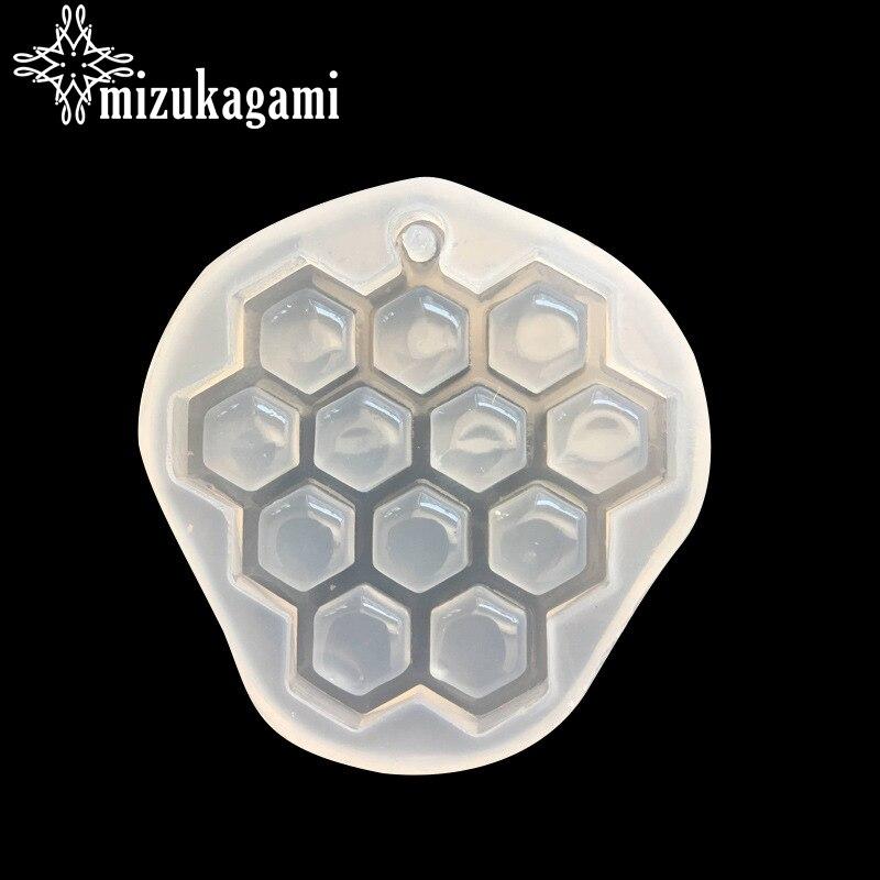 1pcs UV Resin Jewelry Liquid Silicone Mold Honeycomb Liquid Silicone Mold DIY Resin Jewelry Pendant Necklace Pendant Lanugo Mold